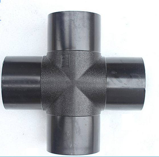 优质焊制四通  PE给水管配件 管材管件